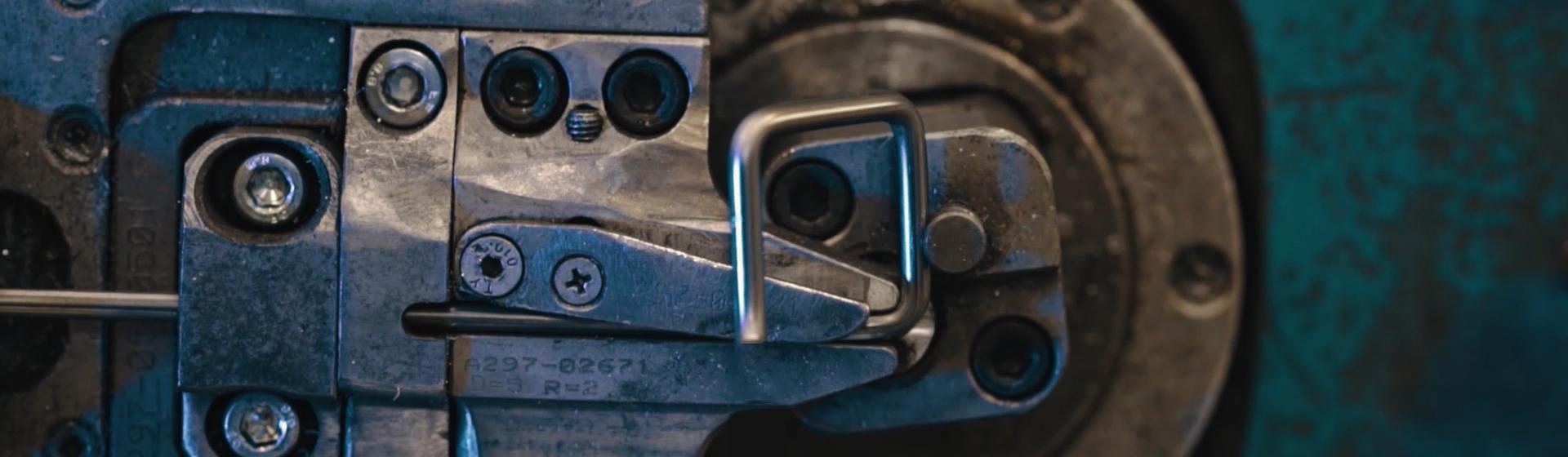 Dabew - Gięcie elementów metalowych OMAS CNC